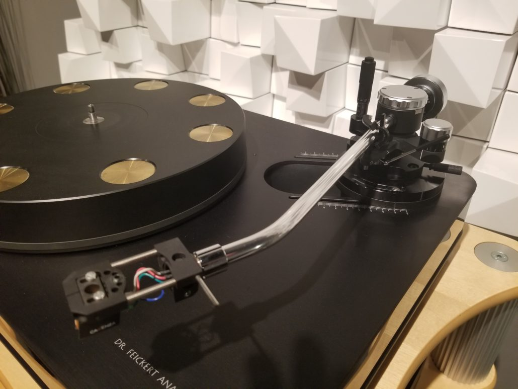Jelco TK-850L Tonearm on Dr. Feickert Woodpecker Turntable with Ortofon Cadenza Bronze Moving Coil Cartridge